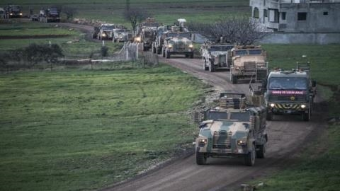 Đoàn xe quân sự của Ankara rầm rập tiến vào Idlib
